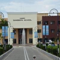 Modern Sandeepni School Boarding School in Pathankot, Punjab